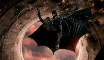 Zack Snyder'ın Justice League filminden yeni bir tanıtım videosu geldi