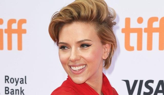Filmleri en çok izlenen oyuncu Scarlett Johansson oldu!
