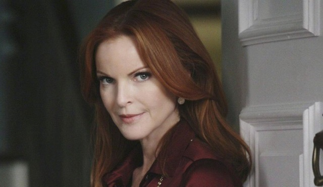 Marcia Cross, Jane the Virgin'ın uzantısı Jane the Novela'nın kadrosunda