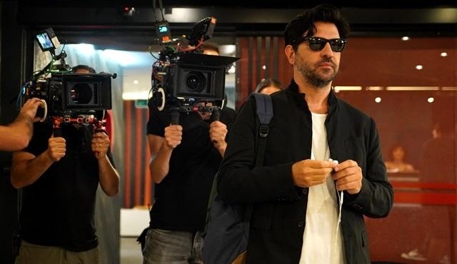 Ali Bilgin, yönetmeni olduğu Menajerimi Ara dizisine konuk oldu!