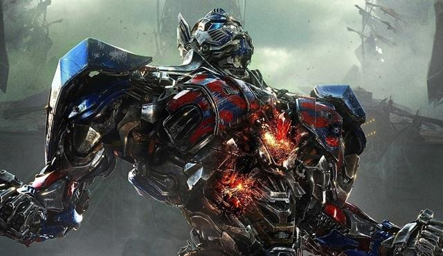 Michael Bay Transformers 5: Son Şövalye'yi ve IMAX teknolojisini anlattı