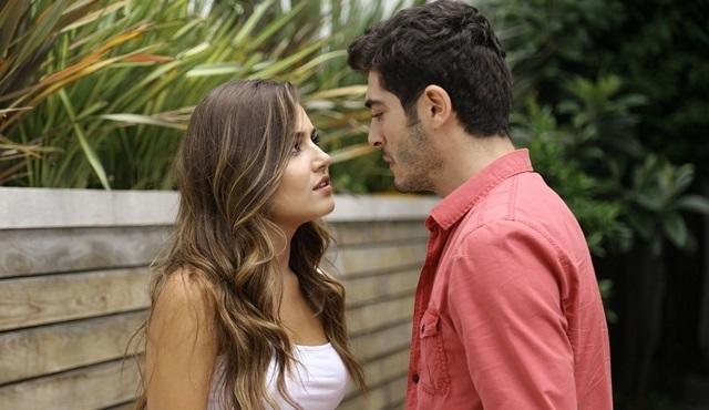 Sosyal TV | Çarşamba akşamları en çok Aşk Laftan Anlamaz konuşuluyor!