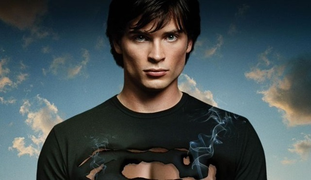 Tom Welling, Crisis on Infinite Earths bölümleri için bir kez daha Superman oluyor