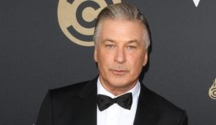 Alec Baldwin'li Rust filminin setinde görüntü yönetmeni hayatını kaybetti