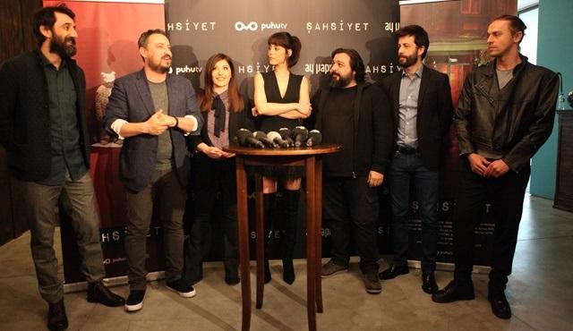 Şahsiyet dizisinin oyuncuları ilk bölümünü izlemek için basın gösteriminde bir araya geldi!