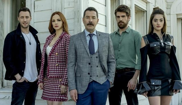 İşte Zalim İstanbul dizisinin iki farklı ailesi!