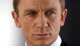Daniel Craig, Bond'u en uzun süre oynamada ikinciliğe yükseldi