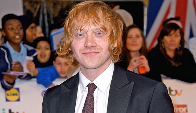 Rupert Grint yüzünü televizyona döndü