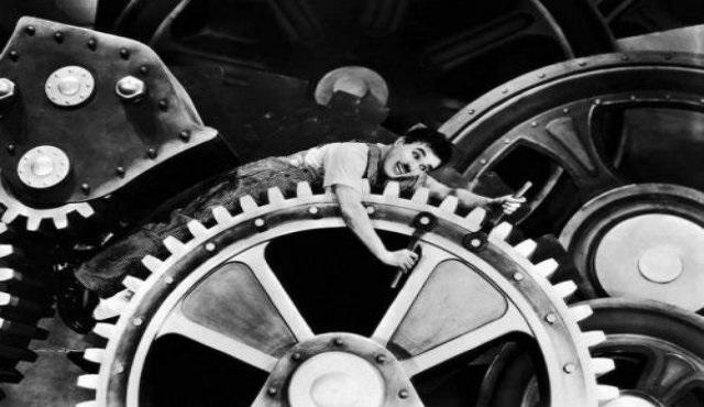 Bacasız sanayi v.2.0.0: Diziler ve filmler