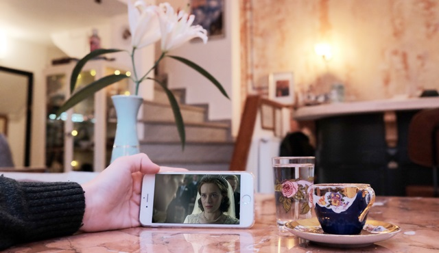 Netflix Araştırması: Sadece evde değil, dışarıdayken de dizi ve film izliyoruz!