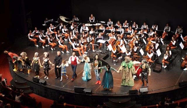Doğuş Çocuk Senfoni Orkestrası'nın unutulmaz gösterisi puhutv'de!