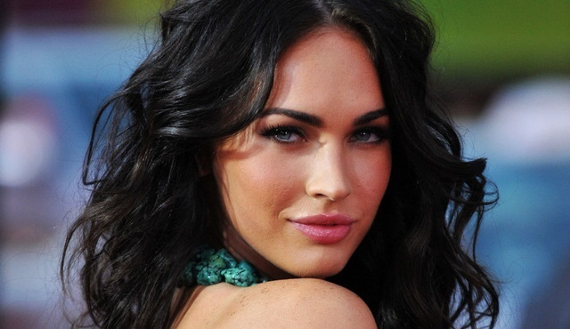 Megan Fox, New Girl'e geri dönüyor.