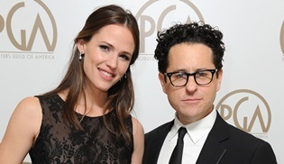 Jennifer Garner ve J.J. Abrams'tan Apple'a yeni dizi: My Glory Was I Had Such Friends