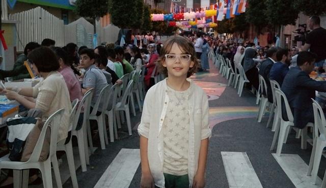Poyraz Karayel dizisinin Sinan'ı Ataberk Mutlu, iftar organizasyonuna katıldı!