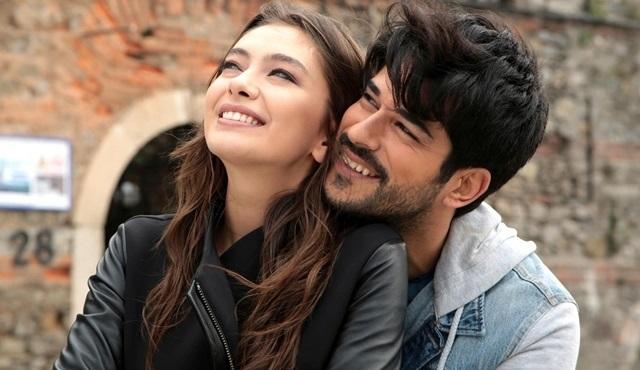 Greece's new favorite TV series: Endless Love!
