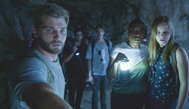 Under The Dome'un 3. sezonu, prömiyere özel 2 saatlik bölümüyle FX'te!