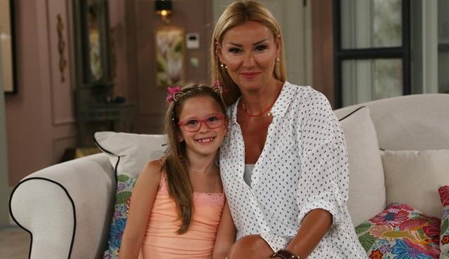 Pınar Altuğ'un kızı Su, Çocuklar Duymasın'a konuk oldu!