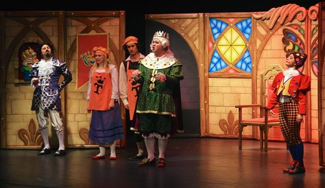 ETİ Çocuk Tiyatrosu, 23 Nisan'da Kanal D'de çocuklarla buluşuyor!