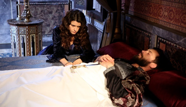 Magnificent Century: Kösem | Ahmed's death brings chaos for everyone