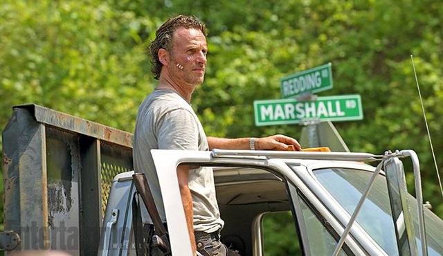 The Walking Dead'in 6. sezonunda bizi bolca flashback bekliyor