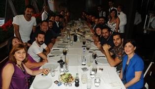 Kalk Gidelim ekibi yeni sezon öncesi akşam yemeğinde bir araya geldi!