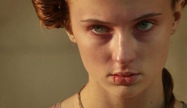 Kaderin şiiri dehşetle yazılır Sansa Stark!