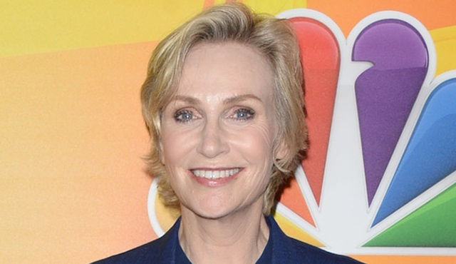 Jane Lynch, The Marvelous Mrs. Maisel dizisinde yer alacak
