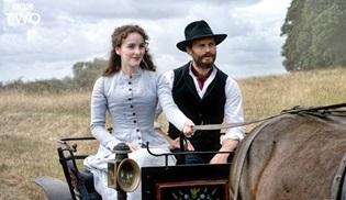 Jamie Dornan ve Matthew Rhys'in yeni dizisi Death and Nightingales'in ilk kareleri yayınlandı