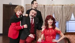 Jet Sosyete dizisinin afiş çekimleri Adile Sultan Sarayı'nda yapıldı!