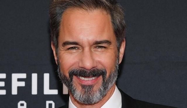 Eric McCormack, Netflix dizisi Atypical'ın 3. sezonunun kadrosuna dahil oldu