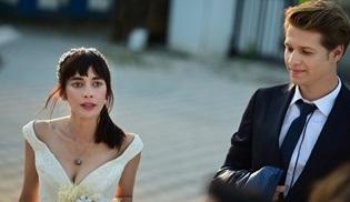 4N1K İlk Aşk dizisinde sürpriz gelişme: Yoksa Yaprak ve Barış evleniyor mu?