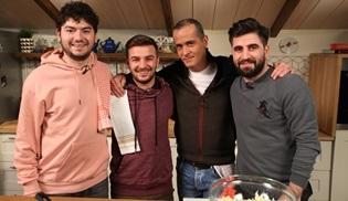 Memet Özer ile Mutfakta'ya Kafalar ekibi konuk olacak!