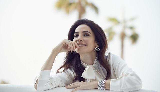"""Songül Öden, Ortadoğu'nun ünlü dergisi """"Laha""""ya röportaj verdi!"""