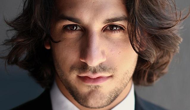 Deniz Akdeniz: Türkiye'den favori aktörüm Cem Yılmaz