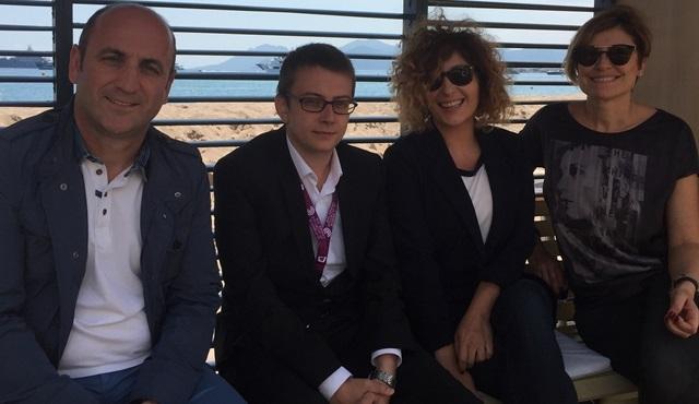 """Uluslararası Cannes Film Festivali'nde """"Uluslararası Antalya Film Festivali"""" çıkarması!"""