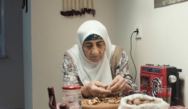 Dönülemeyen geçmişin kayıp dili: Annemin Şarkısı