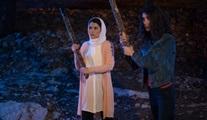 Kurtlar Vadisi Vatan filminin Çalıkuşları: Hemşire Seher ile Öğretmen Canan