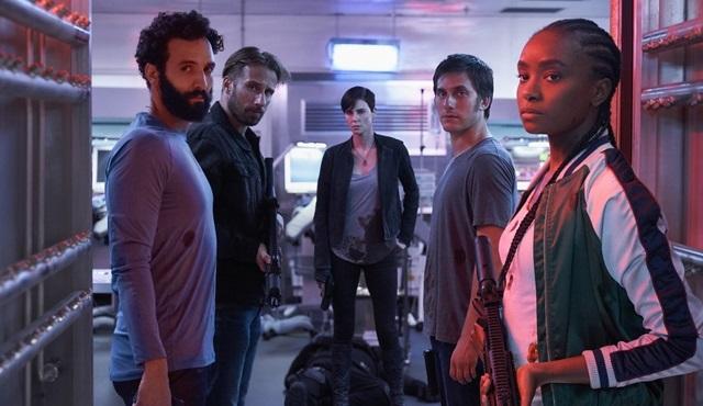 Netflix, Charlize Theron'un başrolünde yer aldığı The Old Guard filminden ilk detayları paylaştı