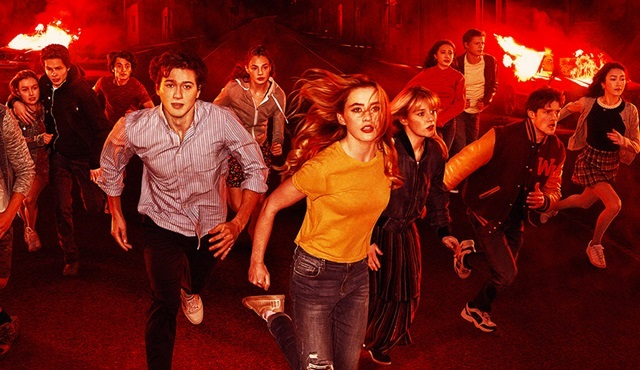 Netflix, The Society'ye ve Family Business'a ikinci sezon onayı verdi