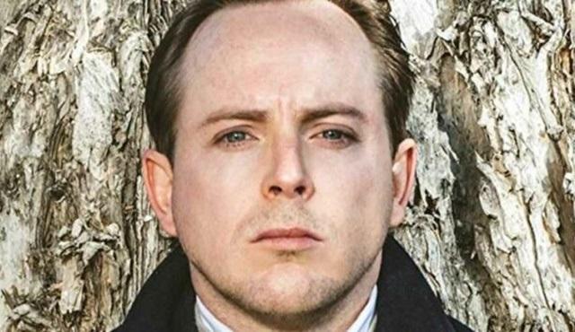 Tom Budge, Yüzüklerin Efendisi'nin dizisinden ayrıldı