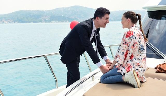 İstanbullu Gelin'de Süreyya'dan Faruk'a romantik sürpriz!