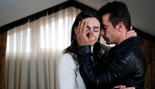Siyah Beyaz Aşk: Ben sana teşekkür ederim, beni sen öptün*