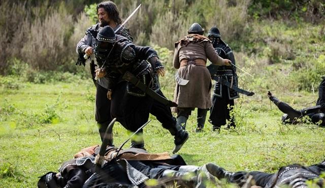 Diriliş Ertuğrul: Ertuğrul Sungurtekin, Tuğtekin ve Alpler, Moğollarla savaşıyor!