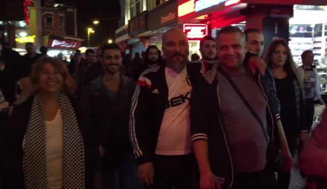 Seksenler ekibi Vodafone Arena'da!