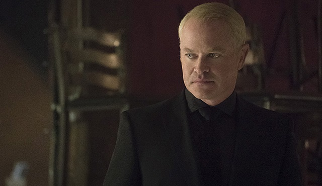 Damien Darhk'ı The Flash ve Legends of Tomorrow'da da göreceğiz