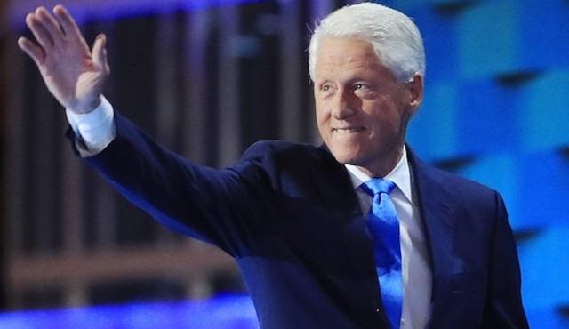 Bill Clinton'ın romanı dizi olma yolunda: The President Is Missing