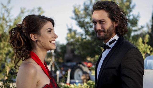 Rüzgarın Kalbi | Zeynep and Rüzgar run away from their lives and find each other