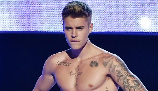 Justin Bieber severler Never Say Never, Pazar akşamı Tv2'de!
