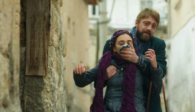 Haceli, Fatma'yı kaçırıyor!