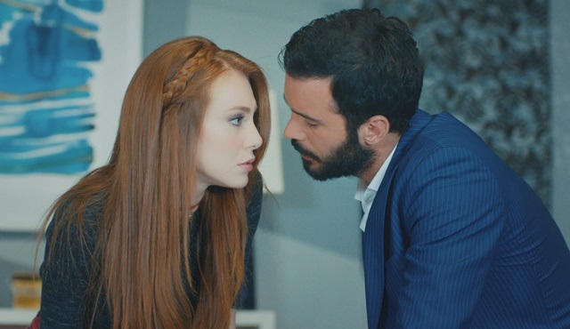 Love For Rent | Ömer is determined to get his Defne back